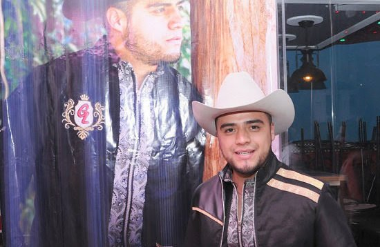 Gerardo Lares género regional mexicano y bachata dominicana