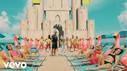 Maluma ft. Ricky Martin – No Se Me Quita (Official Video)