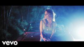 Kany García – Aunque Sea Un Momento (Official Video)