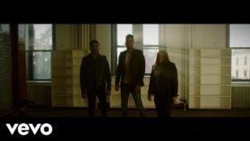 Romeo Santos, Monchy & Alexandra – Años Luz (Official Video)