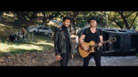 Maná & Sebastián Yatra – No Ha Parado De Llover (Official Video)