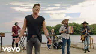 Carlos Vives – Cumbiana (Official Video)