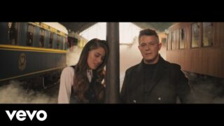 TINI, Alejandro Sanz – Un Beso en Madrid (Official Video)