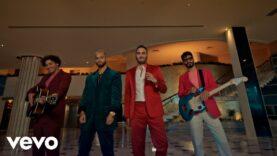 Reik, Maluma – Perfecta (Video Oficial)