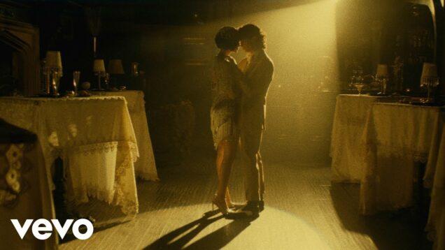 Leslie Grace – Bachatica (Official Video)